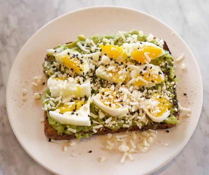 05-avocado_toast